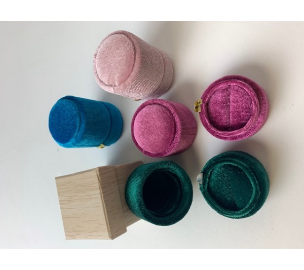 "Mix color Small ring box(assorted velvet) round-1 1/2"""" x 2"""